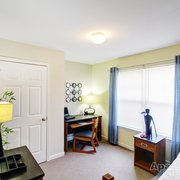 Dining Area In A Photo Of University Landing   Clarksville, TN, United  States. Bedroom B In A ...