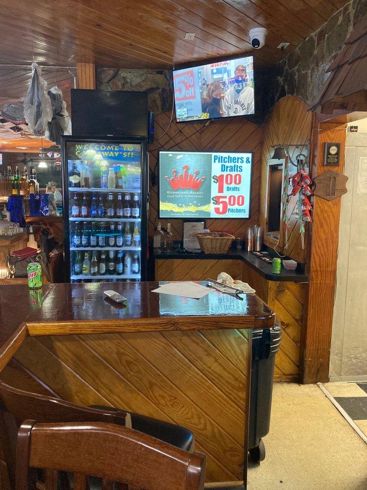 Castaways Bar And Grill: 5430 N Suncoast Blvd, Crystal River, FL