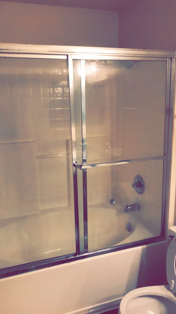 Bathroom shower/tub combination. Deep soaker tub. - Yelp