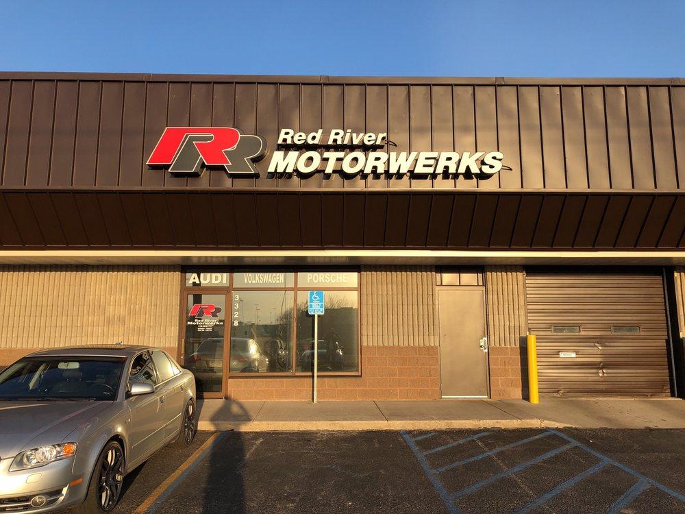 Red River Motorwerks: 3328 Hwy 10 E, Moorhead, MN