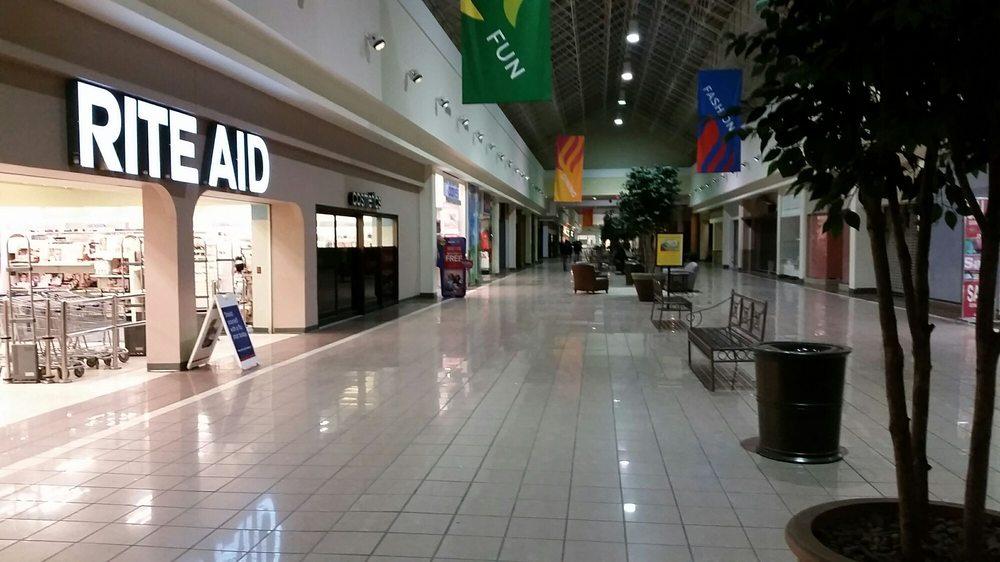 t charm shoppingtown mall syracuse ny - photo#36