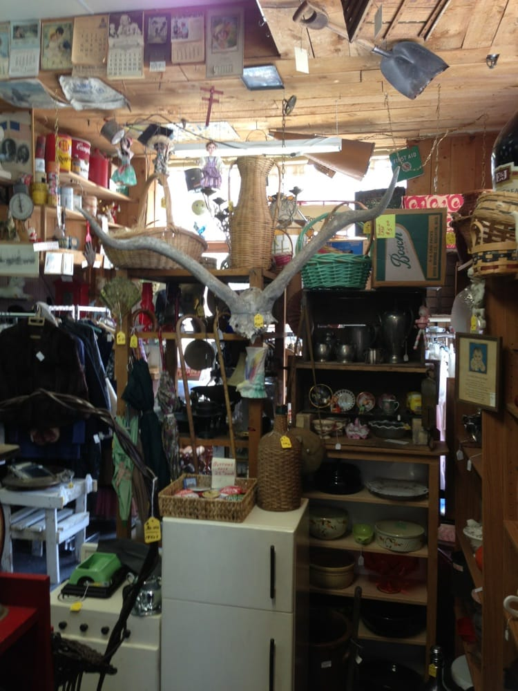 The Wishing Well Gifts: 427 S Stephenson Ave, Iron Mountain, MI