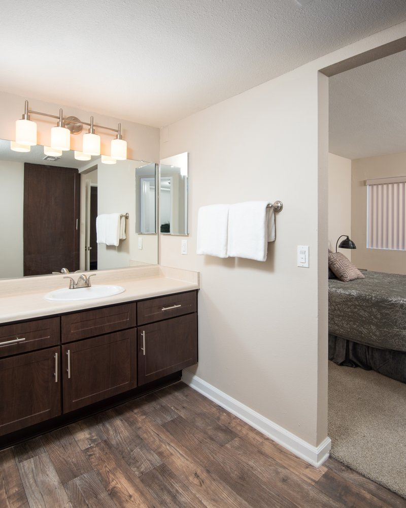 Apartments In Simi Valley: Shadow Ridge Apartment Homes