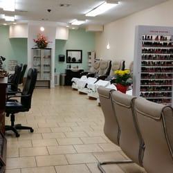 Top nail spa 211 photos 75 reviews nail salons 719 beaumont ave beaumont ca phone for Nail salon winter garden village