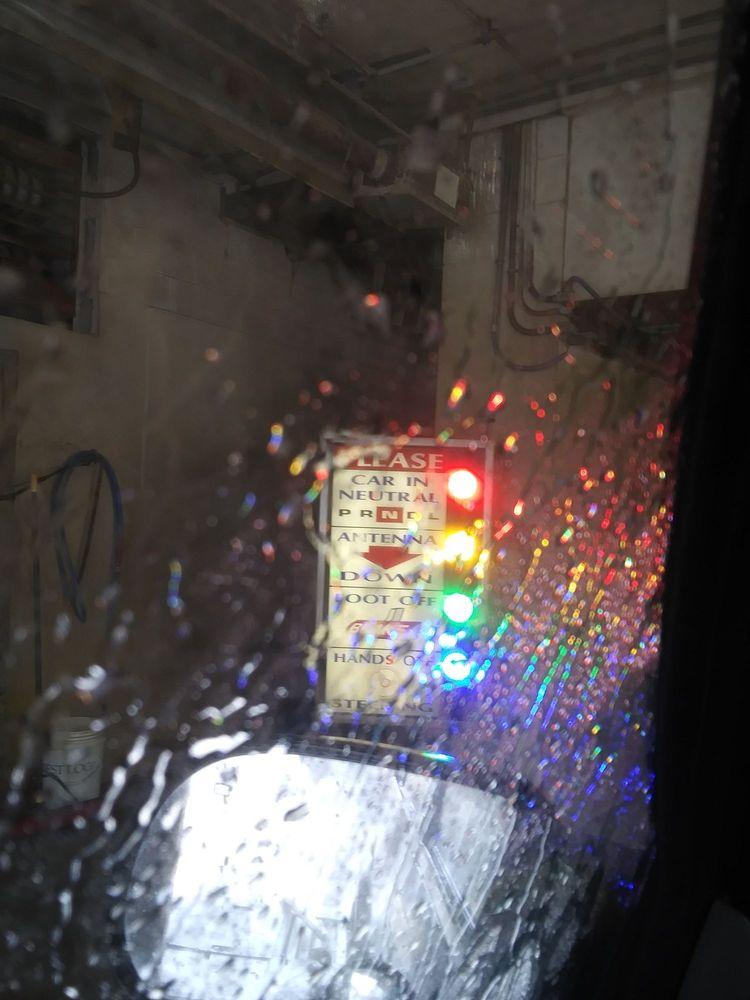 Meinhold Car Wash: 777 N Van Dyke Rd, Bad Axe, MI