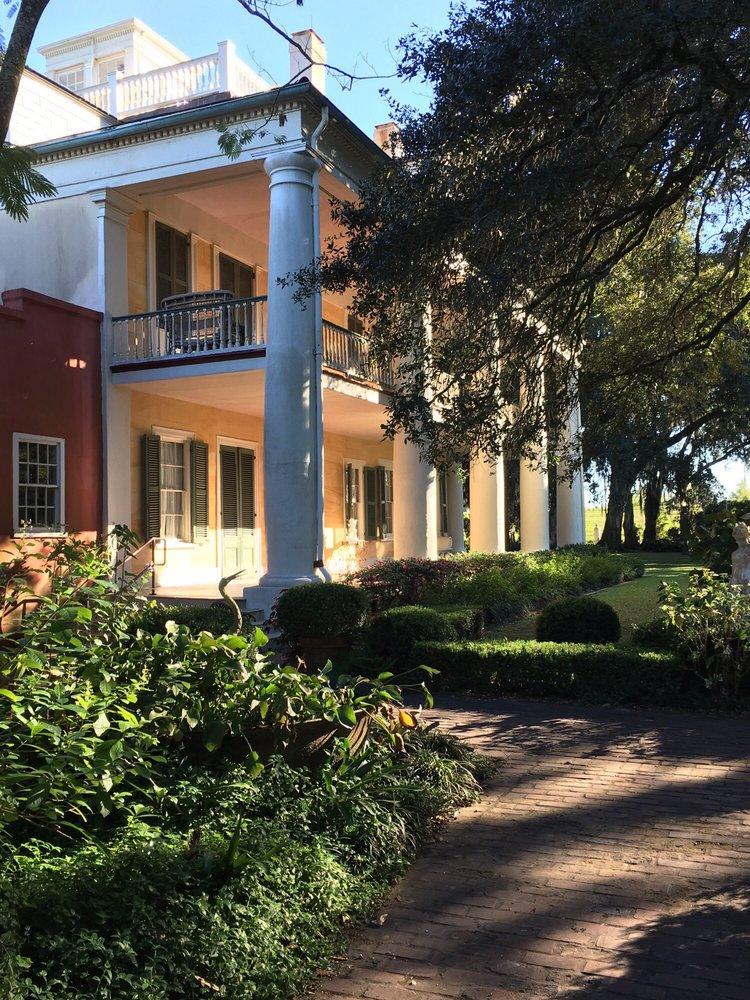 Houmas House Plantation & Gardens: 40136 Hwy 942, Darrow, LA