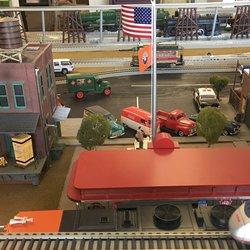 Annabelle's Model Train Store - CLOSED - Hobby Shops - 909