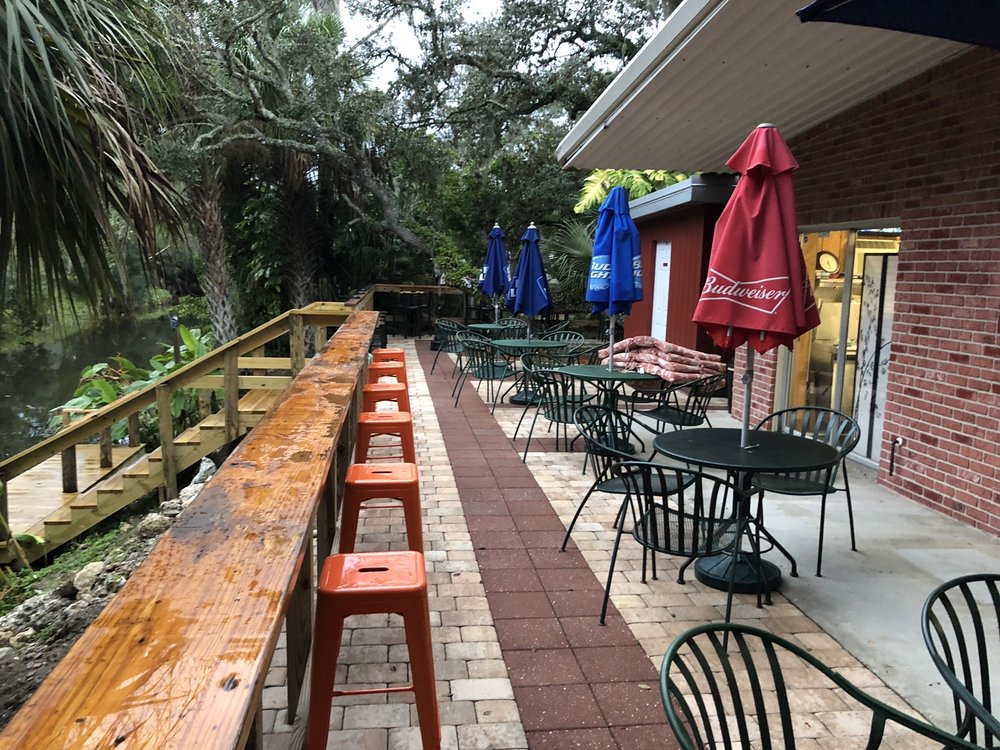Ortona Tarvern: 1750 Williams Rd, Moore Haven, FL