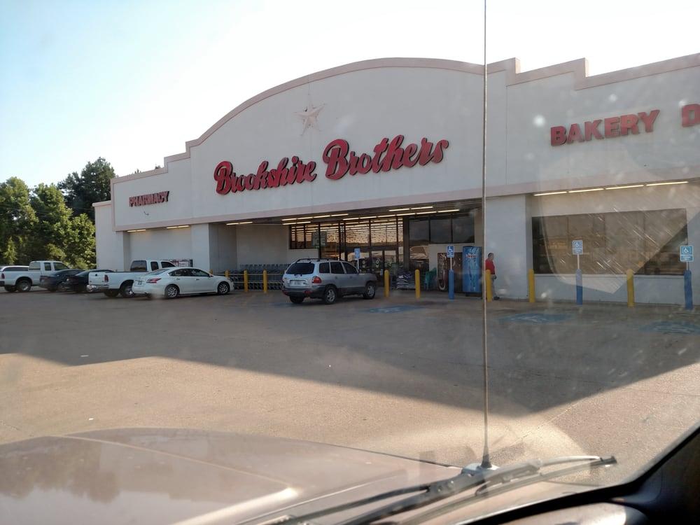 Brookshire Brothers: 520 S Magnolia St, Woodville, TX
