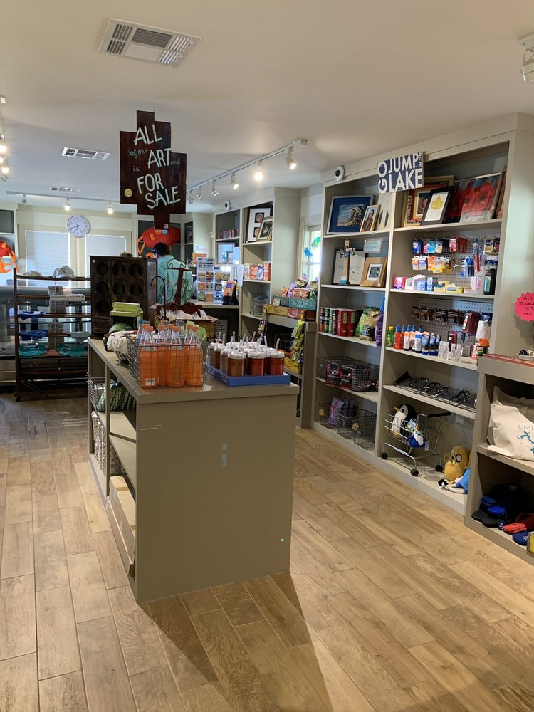 LuLu's Stop N Shop: 175 Indian Hill Blvd, Livingston, TX
