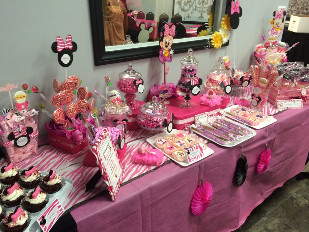 33 minnie mouse themed candy buffet ideas for Baby minnie mouse decoration ideas