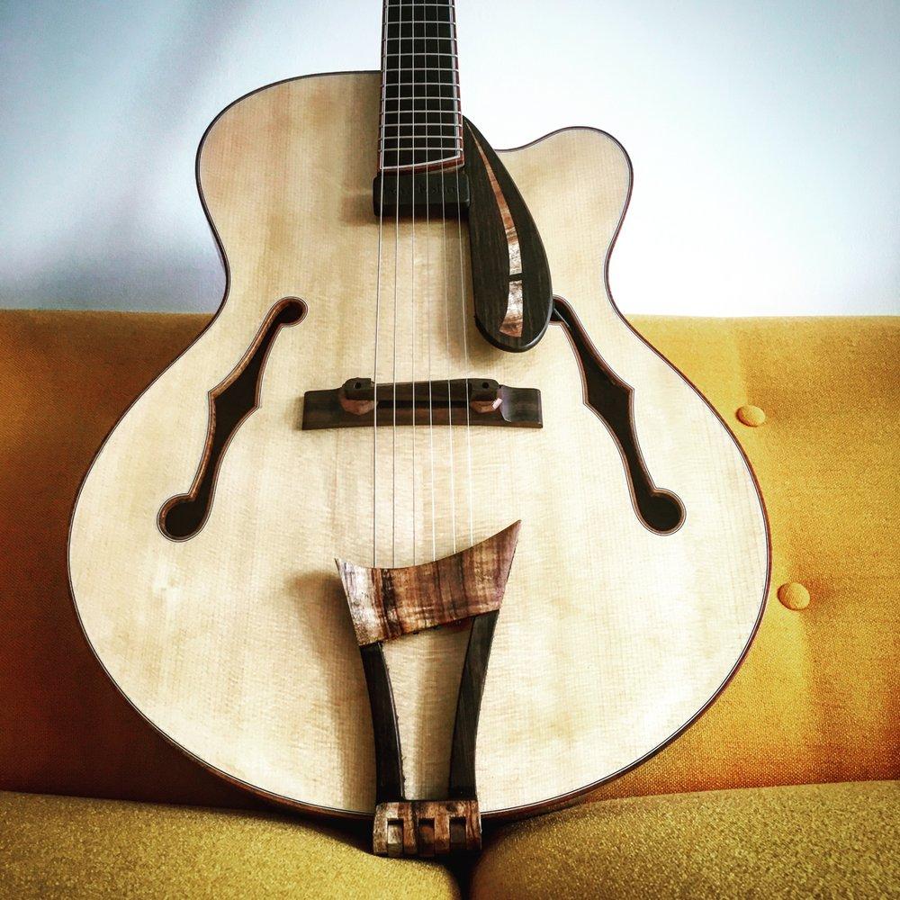 Stuart Day Guitars