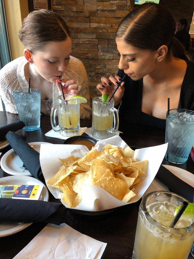 Chachi's Mexican Restaurant: 4300 Town Center Pl, Kingwood, TX