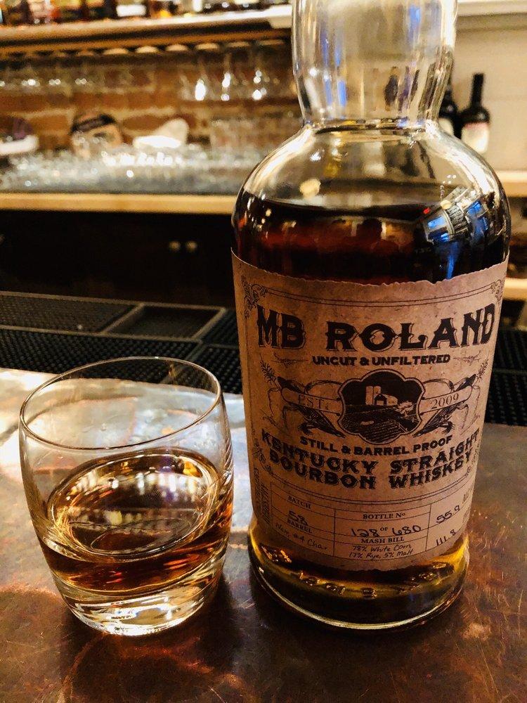 Old Kentucky Bourbon Bar: 629 A Main St, Covington, KY