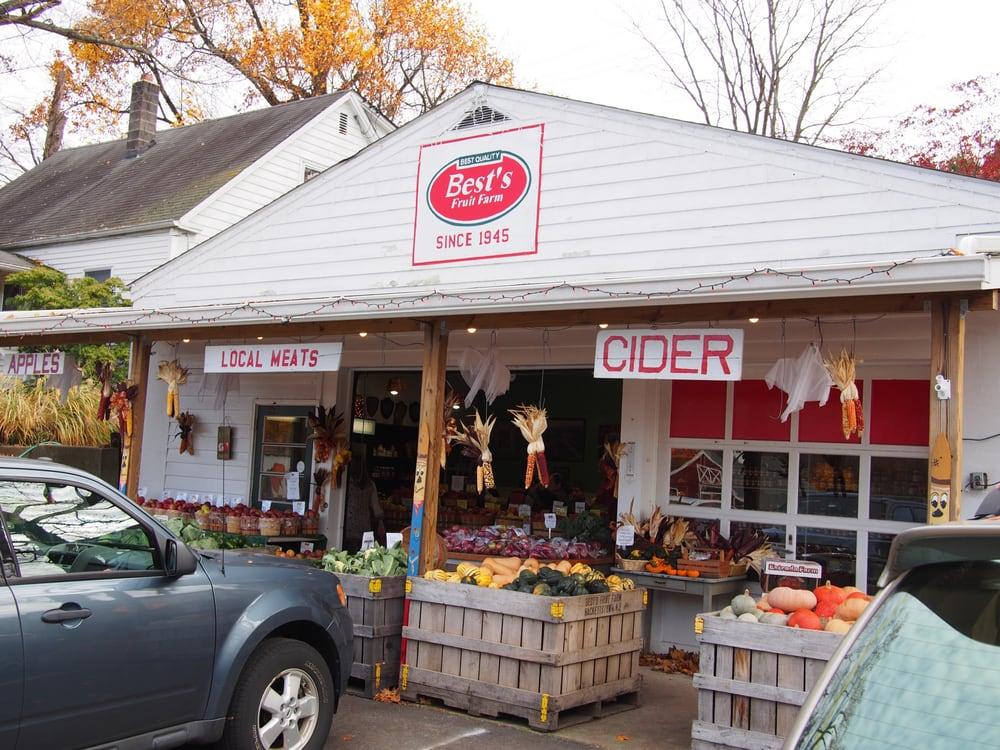 Best's Fruit Farm: 1 Russling Rd, Hackettstown, NJ