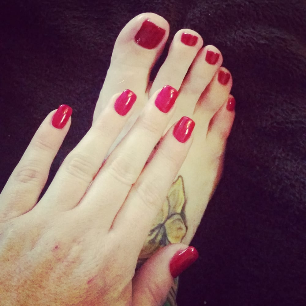 Sparkle fingers regular red toes yelp for 33 fingers salon reviews