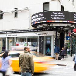 Travel Money Usa Broadway Cerrado Casa De Cambio 1691 Theater District Nueva York Ny Estados Unidos Número Teléfono Yelp