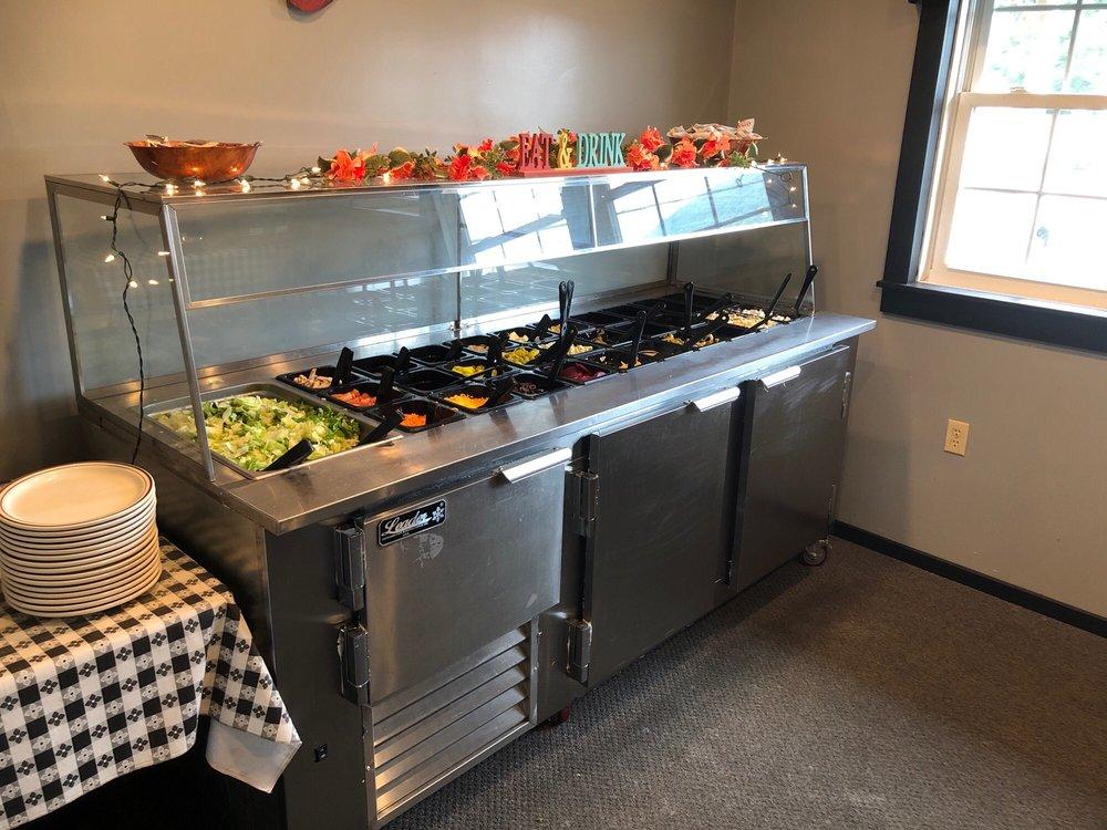Green's Family Restaurant: Rte 901, Lavelle, PA