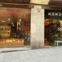 kokua magasins de chaussures carrer de la boqueria 30 barri g tic barcelone barcelona. Black Bedroom Furniture Sets. Home Design Ideas