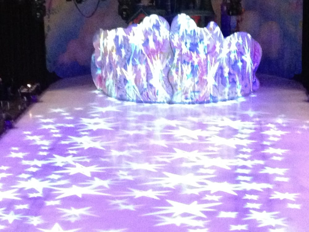 Disney on Ice presents Dare to Dream: 303 Johnson St, Saginaw, MI