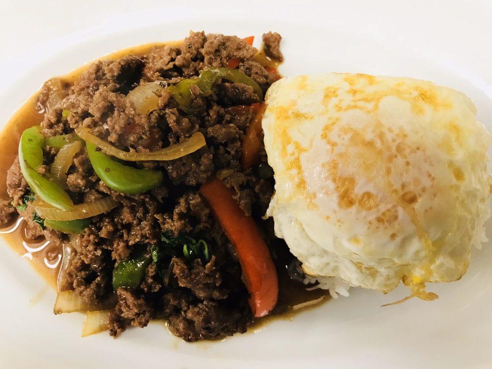 Far West Cuisine: 410 W 3rd St, Chadron, NE