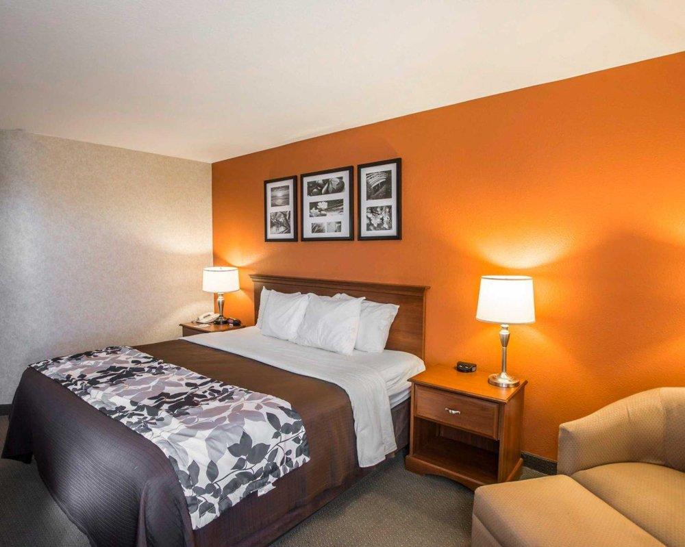Sleep Inn & Suites Hays I-70: 1011 East 41st St, Hays, KS