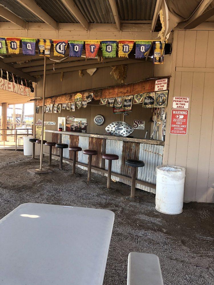 Co-Op Grill: 18300 S Old Us Hwy 80, Arlington, AZ