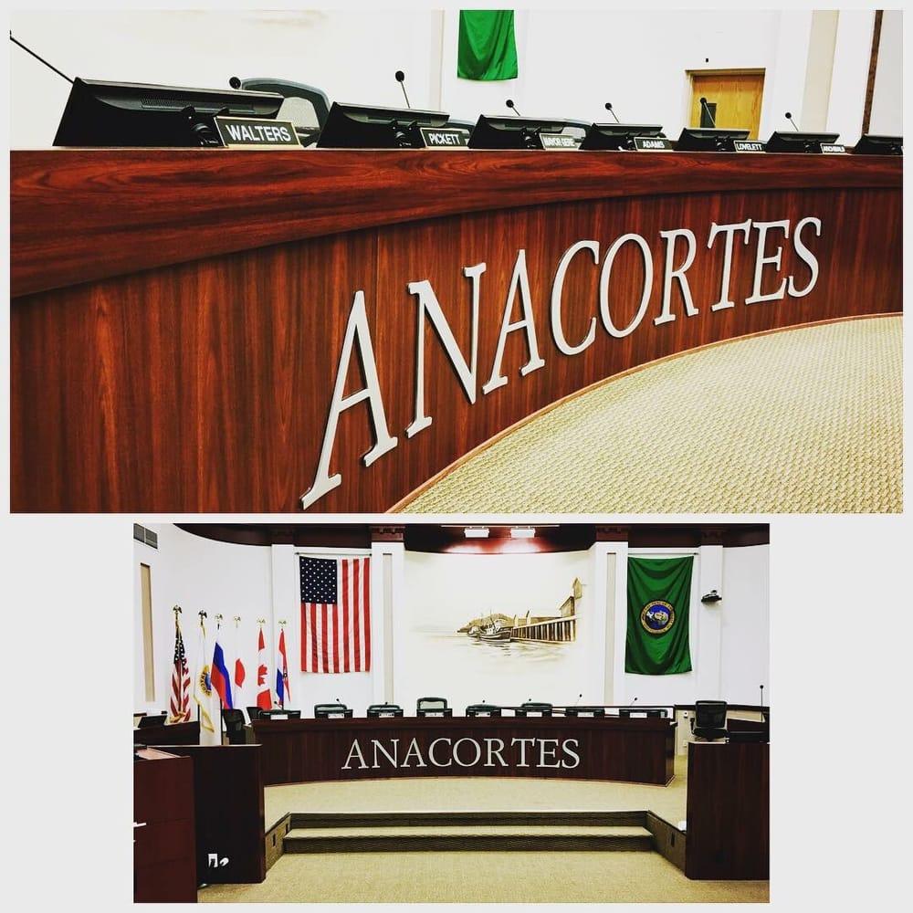 SignDog NW: 2900 T Ave, Anacortes, WA