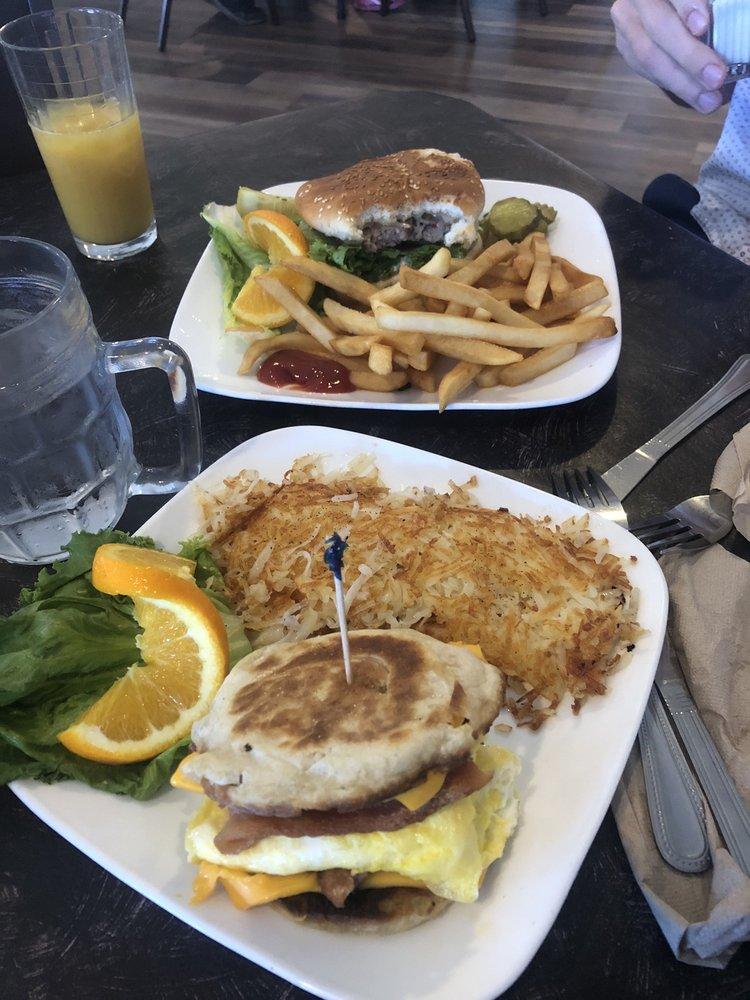 Hitching Post: 42592 Hwy 49, Ahwahnee, CA