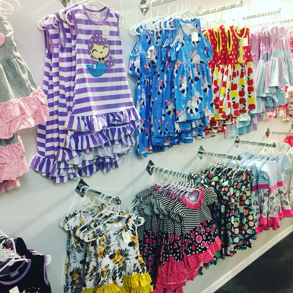 Girls Clothing Hut: 380 State Hwy Cc, Nixa, MO