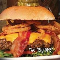 D. Michael B's Resort Bar & Grill: 6550 Lamplight Dr, Albertville, MN