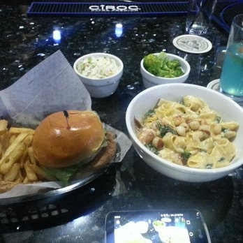 ... , MD, United States. Turkey Burger/Coleslaw & Shrimp/ Scallop alfredo