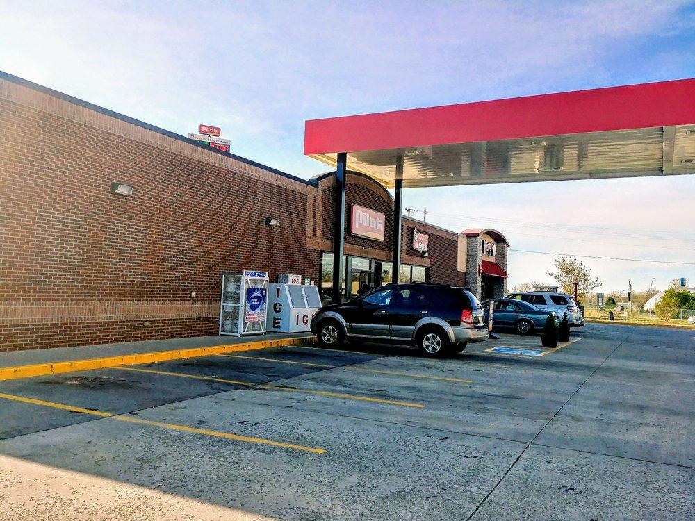 Pilot Travel Center: 640 Dixie Lee Ave, Monteagle, TN