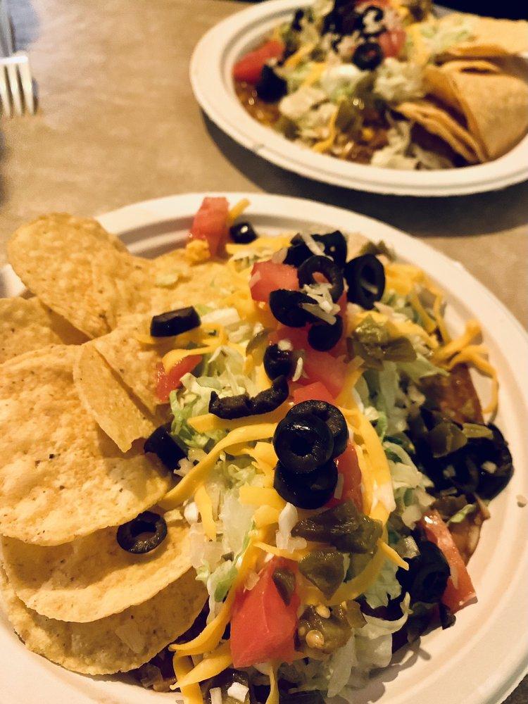 Taco Hut: 600 E 30th Ave, Hutchinson, KS