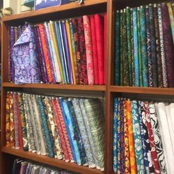 Quilts'n Fabric Land - Arts & Crafts - 658 Front St, Lahaina, HI ... : lahaina quilt shop - Adamdwight.com