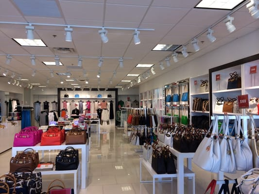 Michael kors outlet stores 8000 factory shops blvd for Phone number for michaels craft store