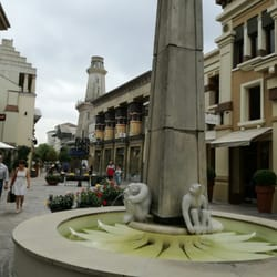 Fidenza Village - Outlet Stores - Via San Michele Campagna, Fidenza ...