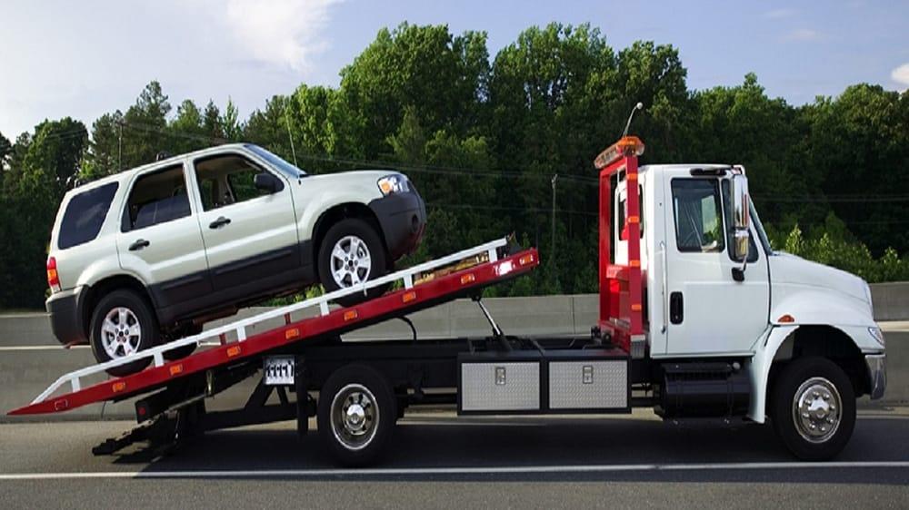 Mitch's Automotive Towing & Salvage: 334 Yatesville Rd, Barnesville, GA