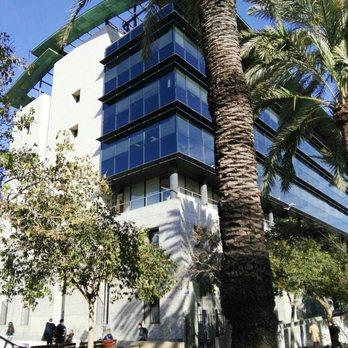 Edificio prop ii servicios p blicos carrer de gregorio for Oficinas prop valencia
