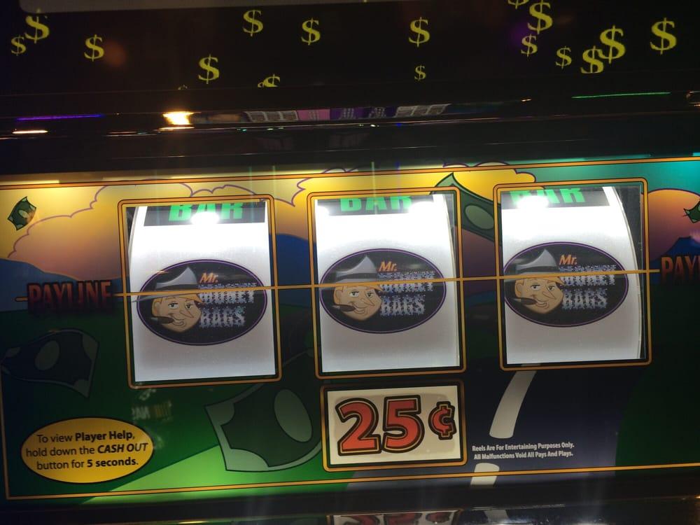 Lucky eagle casino employee reviews