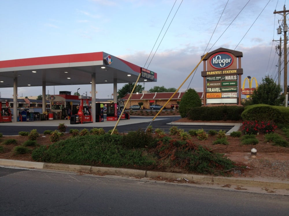Kroger Gas Station - Gas Stations - 113 Russell Pkwy ...