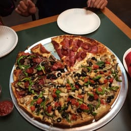 Photo Of Round Table Pizza   Walnut Creek, CA, United States. Did U C
