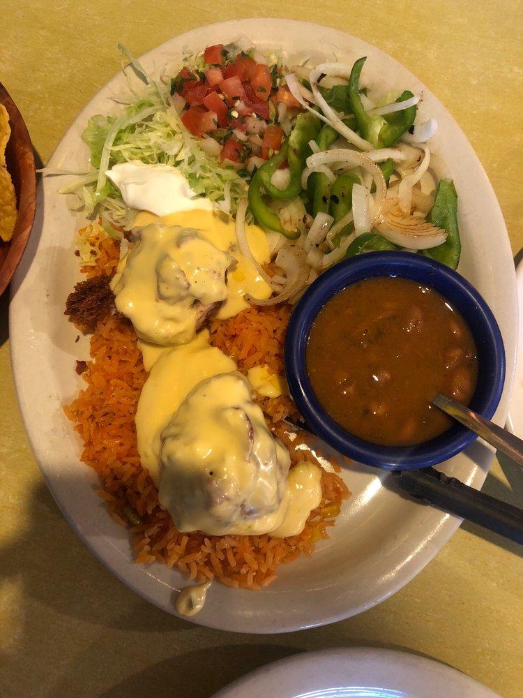 El Sarape Mexican Restaurant: 104 S Hwy 95, Little River-Academy, TX