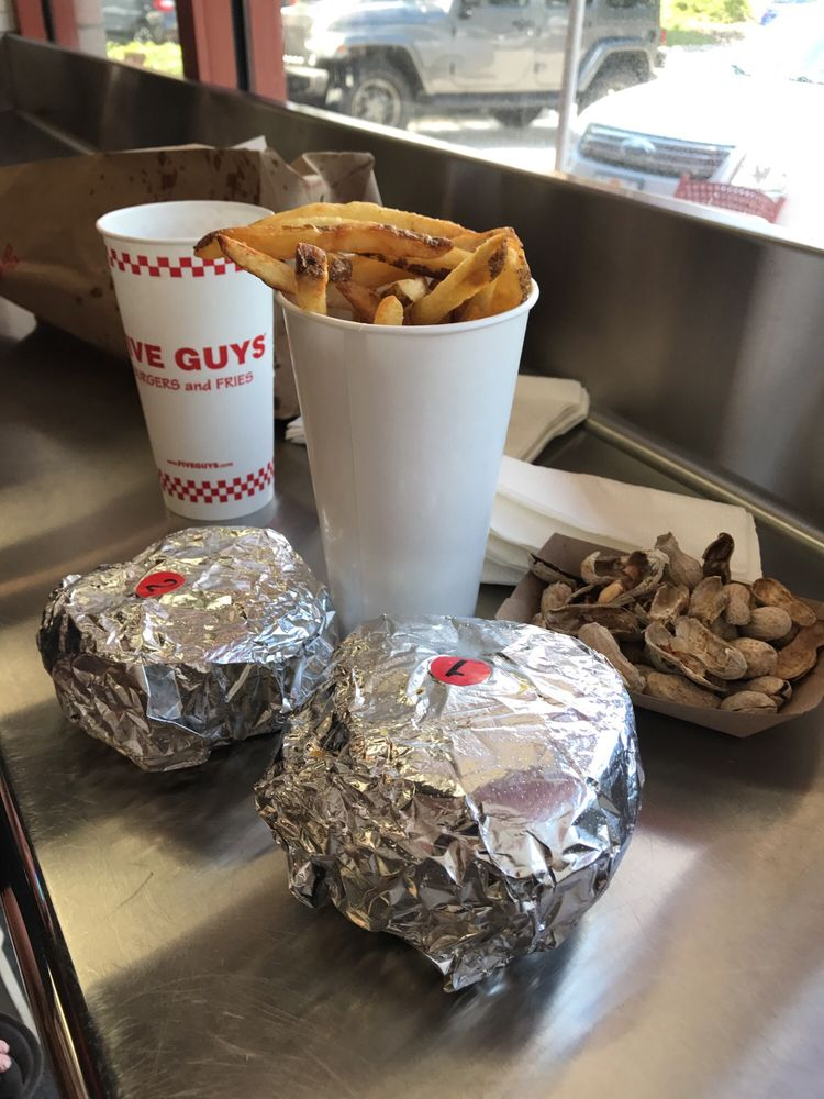 Five Guys: 7054 US Hwy 19N, Pinellas Park, FL