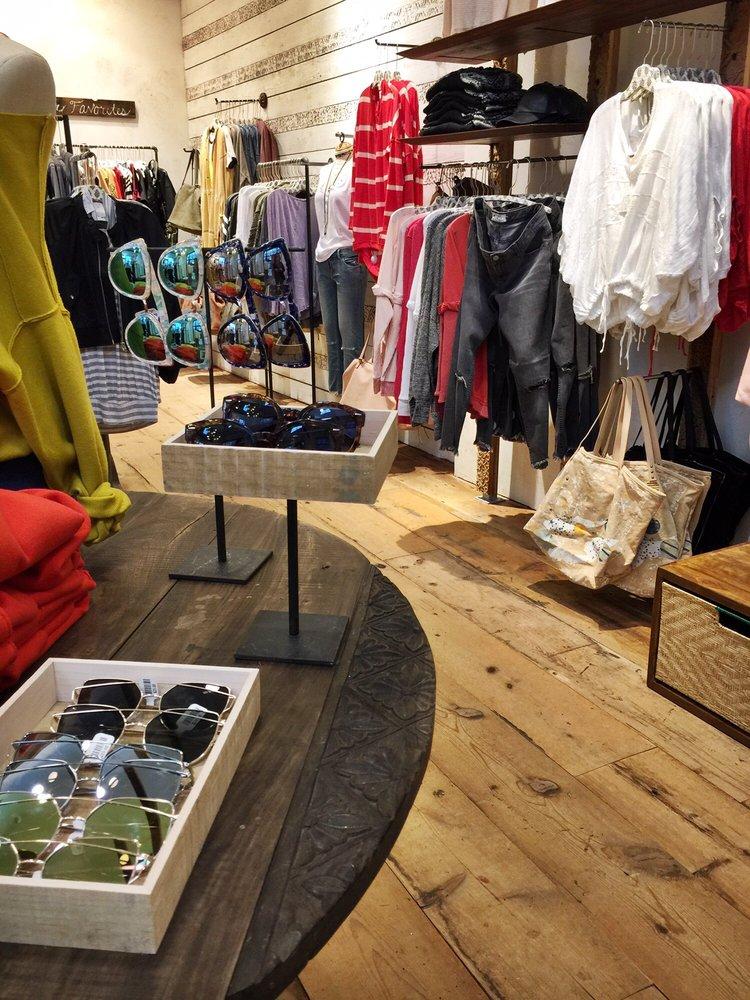 Free people clothing boutique 10 rese as ropa femenina - Boutique free angouleme numero ...