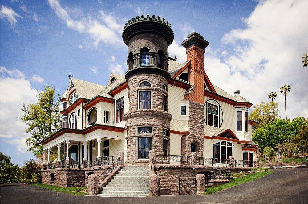 Newhall Mansion: 829 Park St, Piru, CA