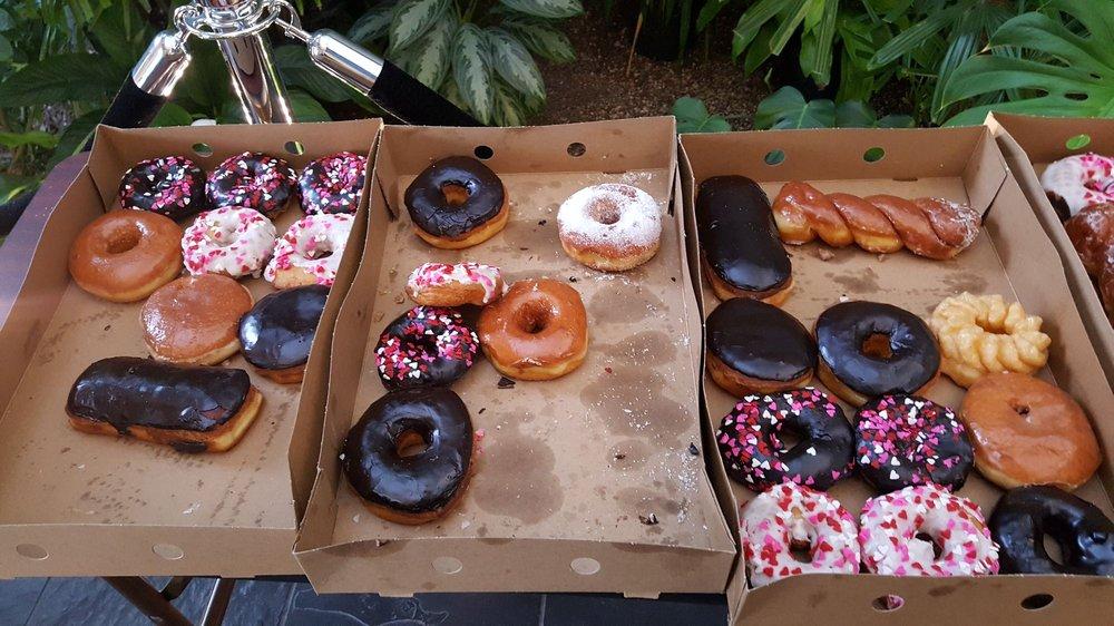 Henry's Donut: 10924 Mukilteo Speedway, Mukilteo, WA