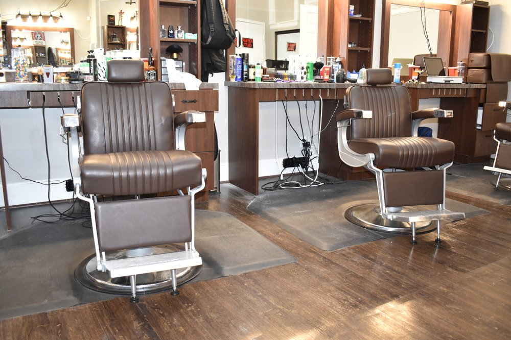 In The Cut Barber Lounge: 14 Main St, New Britain, CT