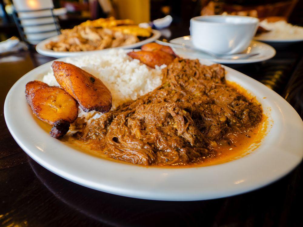 Cuba de Ayer Restaurant: 15446 Old Columbia Pike, Burtonsville, MD