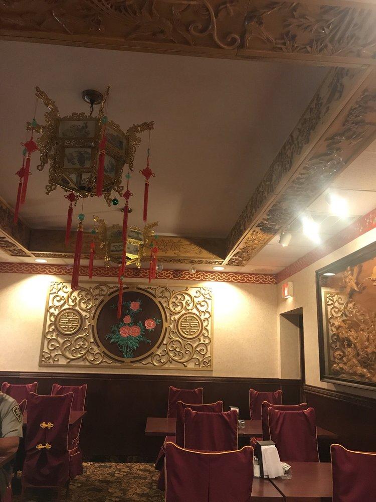 Hong Kong Restaurant: 616 Sunnyside Dr, Cloquet, MN